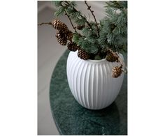 Ręcznie wykonany wazon Hammershøi | WestwingNow Design Vase, Winter Christmas, Christmas Decorations, Decorating, Products, Fake Flowers, Home Decoration, Beautiful Homes, Art Pieces