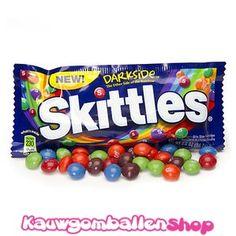 Amerikaanse Skittles Darkside, lekker fruitige snoepjes.
