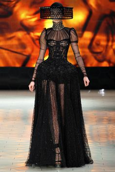perfect wedding dress for someone with a blackened heart... minus the hat though :)