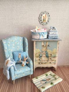 Mini Cute Wooden Horse Chair Toy 1//12 Dollhouse Miniature Decor Accessory Spirit