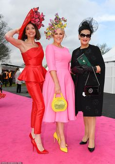 Aintree Festival 2019 Day Glamorous guests get out their best glad rags for Ladies Day Hats For Women, Clothes For Women, White Flip Flops, Bright Dress, Monochrome Outfit, Races Fashion, Boucle Jacket, Black Blazers, Ladies Day