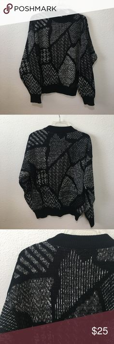 Vintage knitted sweatshirt This is a super fun and unique sweatshirt. In excellent condition. Would look cute with Levi's. Perfectly oversized. Definitely one of a kind won't be able to find this in your local thrift store. Can be for male or female. Sweaters Crew & Scoop Necks