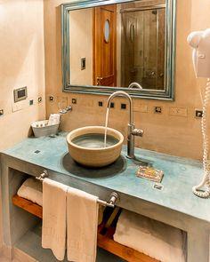 Resultado de imagen para diseños de baños en cemento alisado