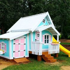 75 Dazzling DIY Playhouse Plans [Free] This BIG Playhouse XL got settled into its new yard in North Carolina this week! Not only did it have a Slide Platform with a Rock Climbing Wall, Complete Fun Package, Stilts Package and a bright, happy Flowerbox, it Simple Playhouse, Outside Playhouse, Backyard Playhouse, Build A Playhouse, Wooden Playhouse, Childrens Playhouse, Playhouse Ideas, Big Playhouses, Play Structures For Kids
