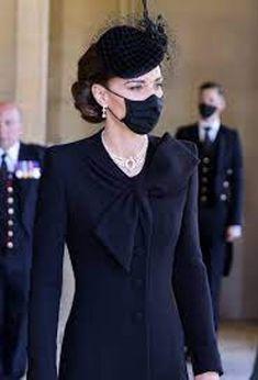Estilo Kate Middleton, Kate Middleton Style, Kate Middleton Queen, Lady Louise Windsor, Princesa Kate, Camilla Parker Bowles, Isabel Ii, Royal Engagement, Duchess Of Cornwall