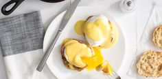 Not just for Eggs Benedict, Hollandaise sauce is delicious drizzled over many seafood and vegetable dishes, including salmon and asparagus! Recipe For Hollandaise Sauce, Keto Sauces, Cooking Sauces, Cooking Recipes, Breakfast Quiche, What's For Breakfast, Hollendaise Sauce, Brunch Recipes, Dips
