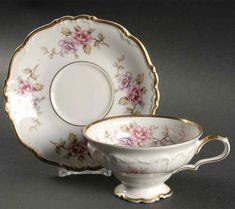 Tea Cup Set, Cup And Saucer Set, Tea Cup Saucer, Vintage Pantry, Antique Tea Sets, China Tea Sets, China Dinnerware, High Tea, Tea Pots