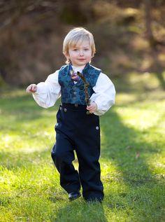 Folklore Fashion - Barnebunad