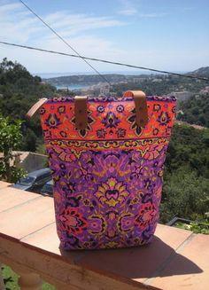 À vendre sur #vintedfrance ! http://www.vinted.fr/sacs-femmes/sac-a-main/23977562-sac-cabas-fluo-ethnique-multicolor-violet