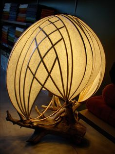 Stephen White Light sculpture Source by artarch Driftwood Lamp, Wood Lamps, Diy Lamps, Driftwood Sculpture, Art Furniture, Lampe Applique, Paper Light, Jar Lights, Wood Lights