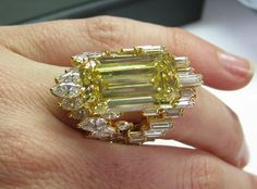 Image result for vintage yellow diamond jewellery
