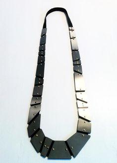 "MANUGANDA | MANUELA GANDINI-IT | ""NASTRO"" necklace  stailess steel / brass / leather"