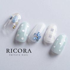 Pretty nail set with polka dots, gems & squares Gem Nails, Blue Nails, Art Deco Nails, Japanese Nail Art, Manicure E Pedicure, Cute Nail Art, Gel Nail Designs, Nail Arts, Swag Nails