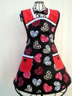 Valentine Owls Mother Daughter Matching Apron Set REVERSIBLE Full Retro  Style | Apron, Daughters And Owl