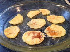 Vyzkoušejte si připravit domácí bramborové lupínky bez smažení v oleji. Rychlé, chutné a křupavé.