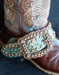 I ♥ these spur straps! Now i know why ive been wanting new spur straps - these… Cowgirl Chic, Cowboy And Cowgirl, Cowgirl Style, Cowgirl Boots, Cowboy Spurs, Gypsy Cowgirl, Western Wear, Western Boots, Western Tack