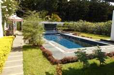 Maison/villa - 4 chambres - 370m²