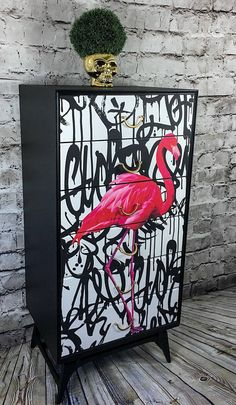 Upcycled Chest Of Drawers, Upcycled Furniture, Flamingo Furniture, Painted Cabinet Tallboy, Vintage - Upcycling Möbel Graffiti Furniture, Art Furniture, Upcycled Furniture, Furniture Projects, Furniture Makeover, Furniture Design, Modern Furniture, Futuristic Furniture, Coaster Furniture