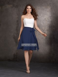 A-line Strapless Ruched Bodice Knee-length Chiffon Bridesmaid Dress BD10431