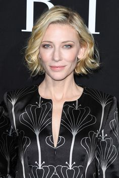 Cate-Blanchett-Armani-Prive-Fall-2016-Show-Paris-Fashion-Week-Tom-Lorenzo-Site (2)