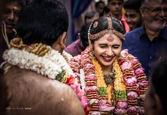 A Passionate team of wedding photographers and wedding filmers. Services are story-based wedding filming, candid photography, premium photography services. Kerala Wedding Photography, Candid Photography, Bridal Photography, Wedding Photoshoot, Wedding Attire, Flower Garland Wedding, Wedding Garlands, Telugu Wedding, South Indian Bride