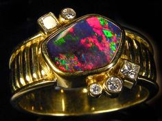 GEM BOULDER OPAL 18K GOLD RING SIZE 7 N 5 DIAMONDS A847