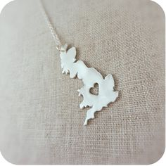 Great Britain necklace... I would love to have one like this!!