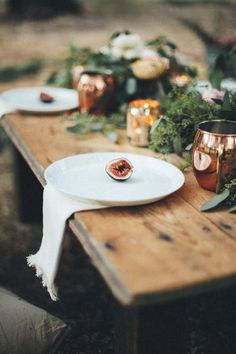 The simplicity of colors and design with subtle textures is the way to do rustic--casual but very elegant. - Heather #WhatPhotographersThink