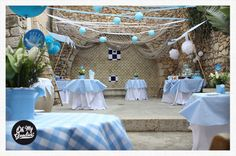 Vuestras Fiestas bautizo niño azul cielo blanco cuadros al aire libre |