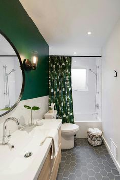 31 Shower Room Paint Color Styles That Always Look Fresh and Clean - Ideen rund ums Haus - Home Home Deco, Modern Vintage Bathroom, Vintage Modern, Interior Minimalista, Modern Baths, Modern Bathrooms, Small Bathrooms, Bathroom Inspiration, Bathroom Ideas