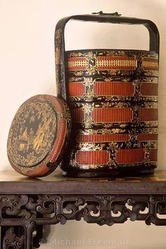 :: Chinese wedding basket