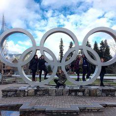 samesunhostelBeat the Monday Blues on our Whistler Day Tour #whistler #olympicplazawhistler #hosteladventures #samesunnation