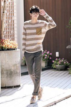 Korean fashion men - 10 Korean Men's Outfit Styles for a Fresh and Stylish Appearance – Korean fashion men Mens Fashion Wear, Korean Fashion Men, Best Mens Fashion, Korean Street Fashion, Street Man Fashion, Japan Fashion, Men's Fashion, Fashion Outfits, Fashion Styles