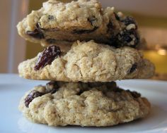 Chewy Oatmeal Raisin Cookies - use toasted walnuts and increase vanilla to 1 tsp. yum!