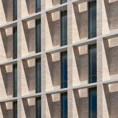 Scottish Dundee House - Reiach & Hall Architects - Adding depth to facade Brick Architecture, Contemporary Architecture, Architecture Details, Stone Facade, Brick Facade, Facade Design, Exterior Design, Luigi Snozzi, Foto Picture