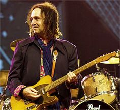 Mike Campbell of The Heartbreakers. Probably most underrated player in the business.