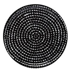 Marimekko's Räsymatto tray is decorated with Maija Louekari's attractive pattern in white and black. Räsymatto, Finnish for rag rug, depicts the texture of traditional rag rugs in a delightful manner.