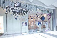 Swarovski Mother's Day animation - Dubai Mall boutique / Design & Product CHIC Dubaï