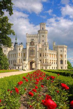 Hluboká castle (South Bohemia), Czechia. #castle #neogothic #Czechia