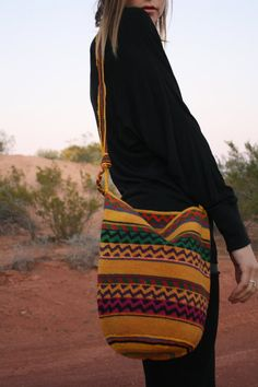 Vintage Woven Ethnic Purse // Bag
