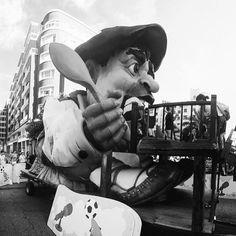 Fotaza de nuestro entrañable y gigantón Gargantúa de @disgustipado ganador de esta semana en instagram. Anímate y etiquétanos cada semana. #bilbao #bilbaoclick #astenagusia #gargantua #igersbilbao Iñ#igerseuskadi #euskadi #basquecountry #basque #gigante #niños #party #summer #holiday #vacaciones