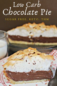 A creamy and rich chocolate pie that is low carb and gluten free. #sugarfreepie #lowcarbpie #ketochocolatepie #thmdesserts #thmchocolatepie #chocolatemeringuepie