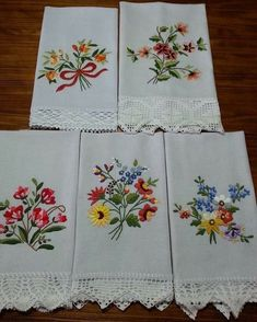40 Ideas Embroidery Designs Baby Fabrics For 2019 Towel Embroidery, Hand Embroidery Flowers, Embroidered Towels, Hand Embroidery Stitches, Hand Embroidery Designs, Machine Embroidery, Baby Fabric, Embroidery Fashion, Fabric Painting