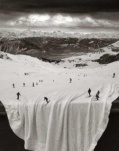 Черно-белый сюрреализм Томаса Барбе