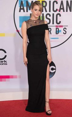 Lili Reinhart from 2017 American Music Awards: Red Carpet Fashion  Riverdale's finest goes for old Hollywood glamour in a sophisticated black dress.