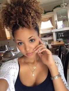 http://www.shorthaircutsforblackwomen.com/hair-steamers-for-natural-hair/ black women hair style. #girlshairstyle #beauty #hair