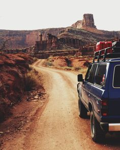 Road trip and Adventure in wild landscapes! Adventure Awaits, Adventure Travel, Adventure Holiday, Forest Adventure, Adventure Gear, Adventure Quotes, Into The West, Journey, Foto Instagram