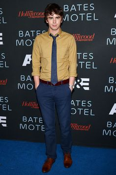 Freddie Highmore Photos - Actor Freddie Highmore attends A&E's 'Bates Motel' Party during Comic-Con International 2013 at Gang Kitchen on July 2013 in San Diego, California. - Arrivals at the 'Bates Motel' Comic-Con Party Freddie Highmore Bates Motel, Good Doctor Series, Bates Motel Season 4, Shaun Murphy, Hottest Male Celebrities, Celebs, Norman Bates, Becoming An Actress, Bae