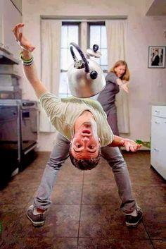 OĞUZ TOPOĞLU : aile içi kavgalarda matrix izlemiş olmanın faydala...