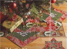 holly daze festive tree skirt quilt pattern